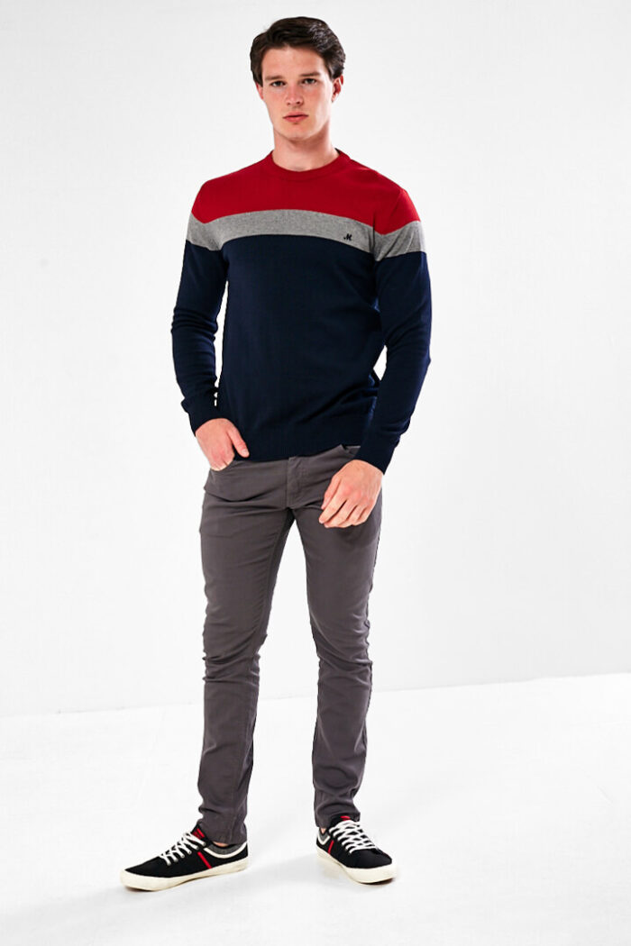 mineral jumper red